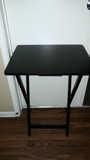 Side table/TV tray for Sale in Indio, CA