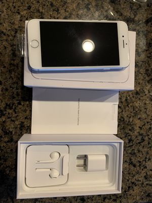 iPhone 8 silver 64gb new and unused for Sale in Seattle, WA