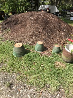 3 matching patio ceramic pots green for Sale in Davenport, FL