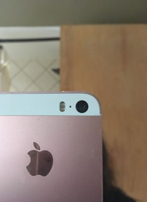 iPhone 5 SE for Sale in Chicago, IL