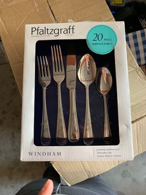 Pfaltzgraff flatware set for Sale in Santa Ana, CA