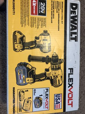 Dewalt drill kit for Sale in Savannah, GA