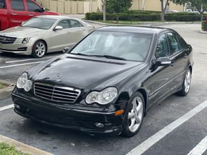 2006 Mercedes c230 kompressor for Sale in Coconut Creek, FL