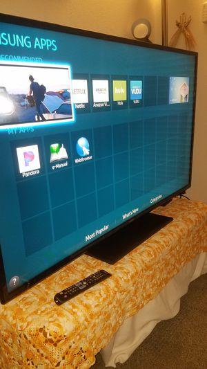 "55""Samsung Led HD 1080p Smart TV wi-fi clear 120hz Model UN55J6200 for Sale in San Jose, CA"