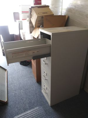 HON, 4 drawer file cabinet for Sale in Clearwater Beach, FL