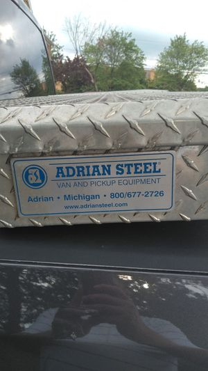 Adrian truck tool box for Sale in Frederick, MD