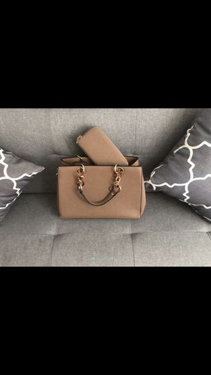 Brown purse 👜 for Sale in Industry, CA