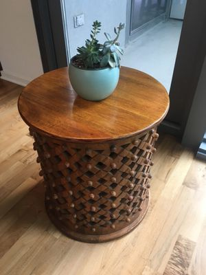 Vintage wooden side table for Sale in Chicago, IL