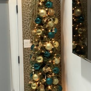 7ft Cashmere Pencil Christmas Tree for Sale in Los Angeles, CA