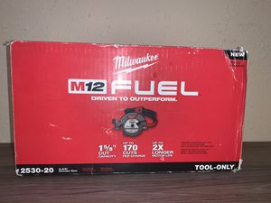 NEW M12 FUEL 5 3/8 CIRCULAR SAW (TOOL ONLY) NO BATERIA NO CARGADOR for Sale in Dallas, TX