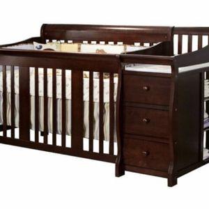 4 In 1 Convertible Crib Nursery for Sale in Costa Mesa, CA