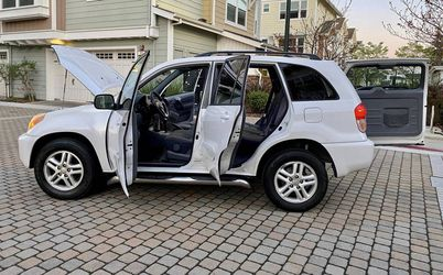 CLEAN 2002 Toyota RAV4 Great Shape for Sale in Bellevue,  WA