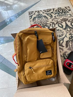 Nike utility backpack for Sale in Morton Grove, IL
