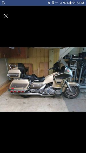 1985 SUZUKI CAVALCADE MOTORCYCLE for Sale in East Providence, RI