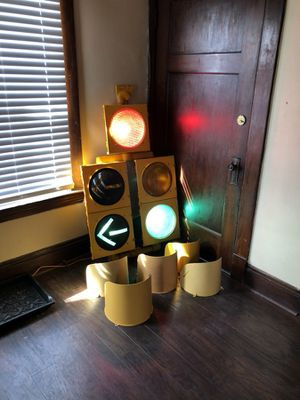 Five Light - Functional Traffic Light for Sale in Cleveland, OH