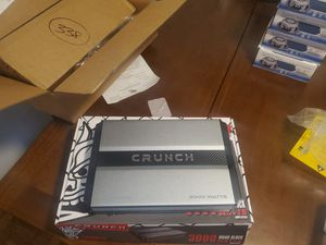 CRUNCH 3000WATTS MONO BLOCK BASS AMP PERFECT FOR SUBWOOFERS 1 OHM STABLE for Sale in The Bronx, NY