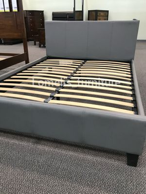 Cal king beds with mattresses included for Sale in Montclair, CA