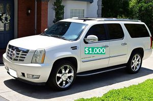 💲1OOO 2OO8 Cadillac Escalade Cool for Sale in Fort Lauderdale, FL