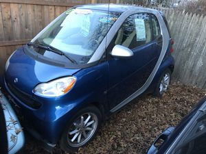Smart Car FourTwo - Compact Economic Car for Sale in Plainville, CT