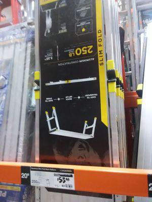 Gorilla aluminum platform ladder NEW for Sale in Austin, TX