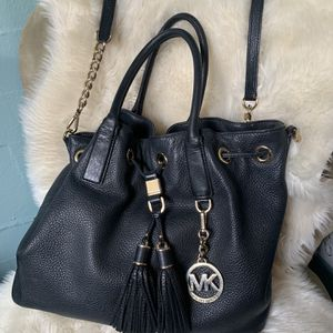 Micheal Kors Black Tassel Hobo Bag for Sale in Lynnwood, WA
