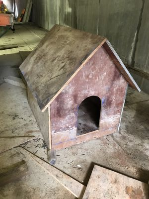 Dog house (Custom) for Sale in Lynnwood, WA