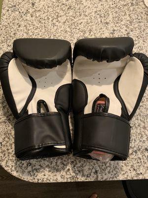 Training gloves for Sale in Dunedin, FL