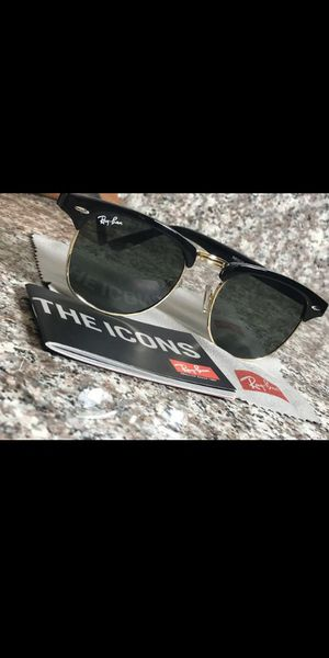 Ray bans sunglasses for Sale in Houston, TX