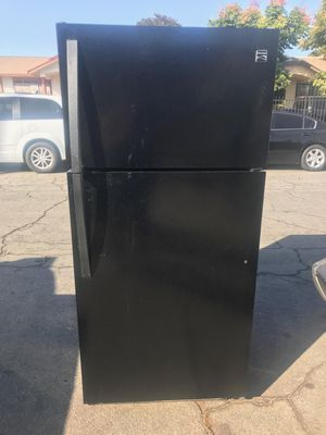 $260 Kenmore black 18 cubic fridge includes delivery in the San Fernando Valley a warranty and installation for Sale in Los Angeles, CA