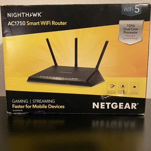NETGEAR Nighthawk R6700v3 AC1750 Wireless Router for Sale in Los Angeles, CA