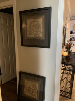 Pair of beautiful prints in luxury frames for Sale in Naperville, IL