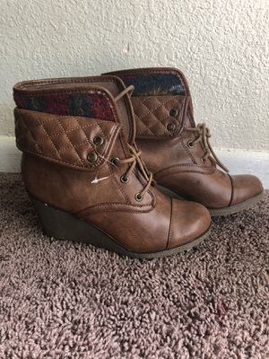Boots for women for Sale in Orlando, FL