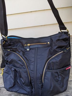 Skip Hop Versa expandable diaper bag New for Sale in Portland, OR