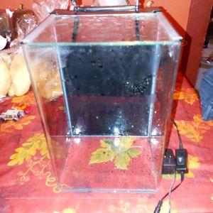 Fish tank for Sale in San Fernando, CA