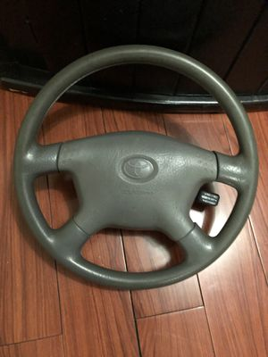 2002 TOYOTA TACOMA STERLING WHEEL for Sale in Queens, NY