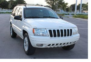 Runs Good 2004 Jeep Grand Cherokee AWDWheels for Sale in Dallas, TX