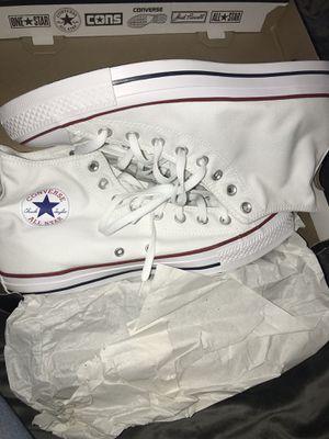 Women's size 7 All white Converse W/ BOX for Sale in Atlanta, GA