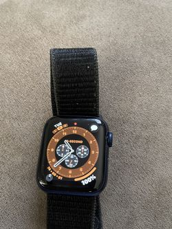 Apple Watch Series 6 GPS/ Cellular 40mm for Sale in Glen Burnie,  MD
