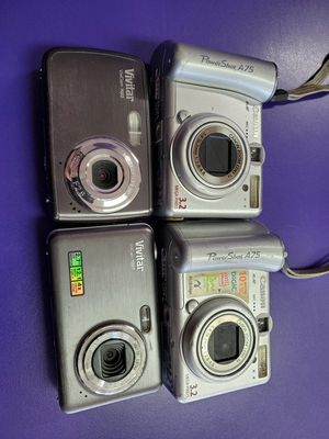 Old digital cameras Vivitar Canon Pick up only for Sale in West Palm Beach, FL
