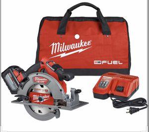 Milwaukee Circular Saw 7 1/2 2732-21hd for Sale in Lawrenceville, GA