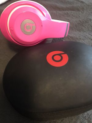 Studio beats 125 firm 8/10 condition for Sale in Lakewood, WA