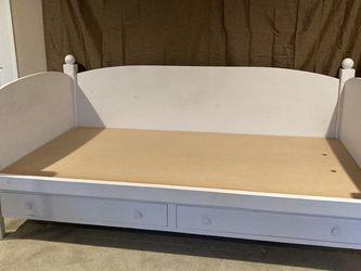 Eddie Bauer White Twin Platform 2 Drawer Daybed for Sale in Issaquah,  WA