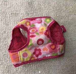 Lulu pink dog harness size small for Sale in Pico Rivera, CA
