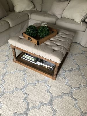 Coffee table ottoman for Sale in Houston, TX