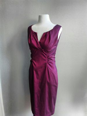 Beautiful Adrianna Papell Rose Wine Simmer Special Dress Size 6 for Sale in Chicago, IL