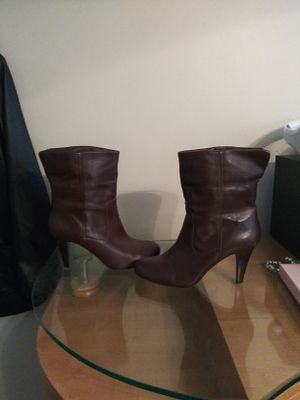 Authentic Michael Kors boots for Sale in Pasadena, CA