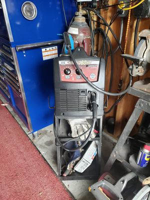 180 lincoln welder HD.220v perfect for garage or a business for Sale in Joliet, IL