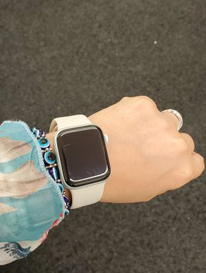 Apple Watch Series 5 40mm GPS only for Sale in Seattle, WA