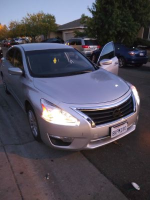 2014 Nissan Altima for Sale in Sacramento, CA