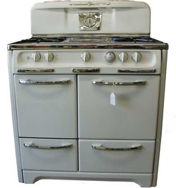Wedgewood Stove / Oven for Sale in Gresham,  OR